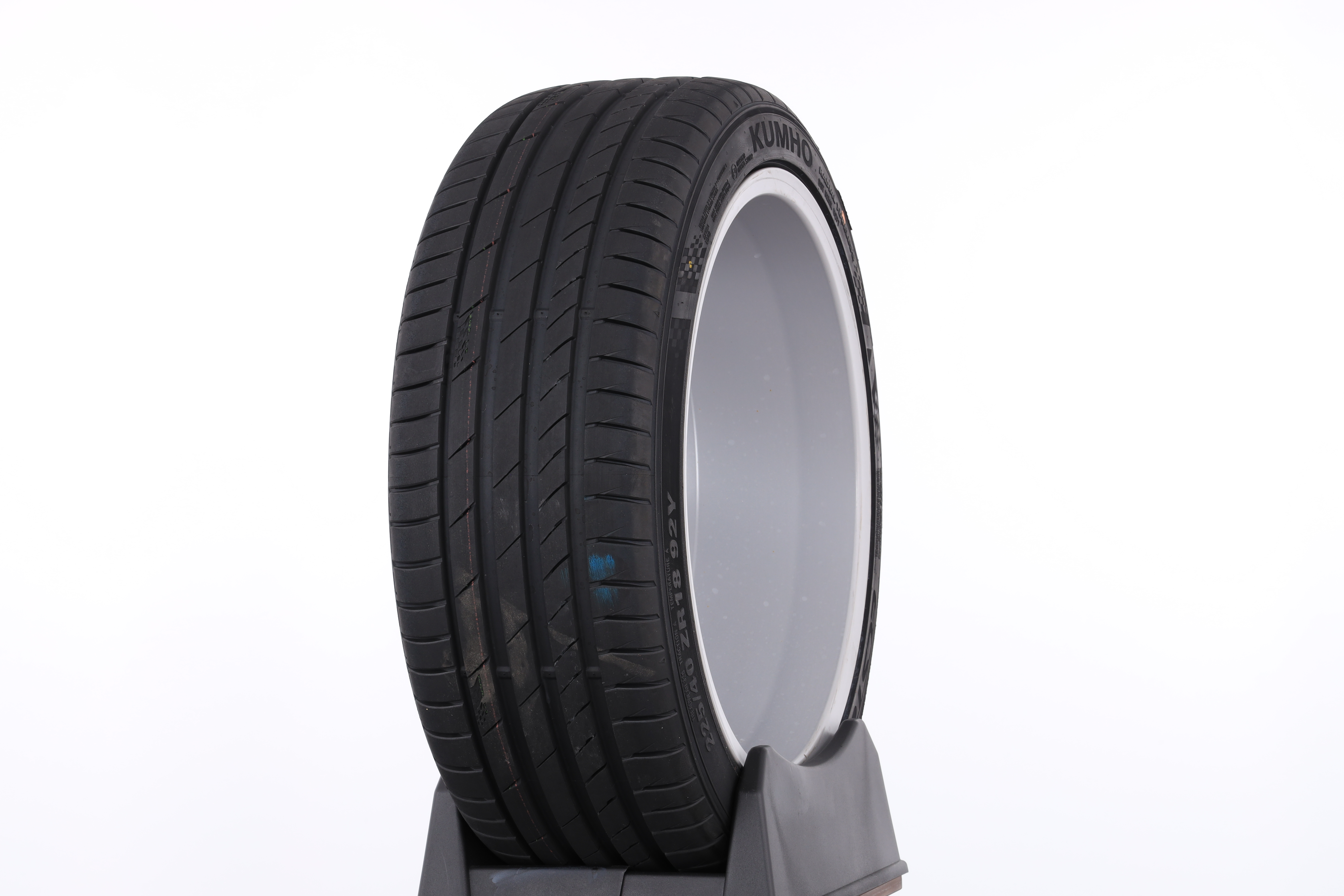 Kumho Ecsta Ps71 Test