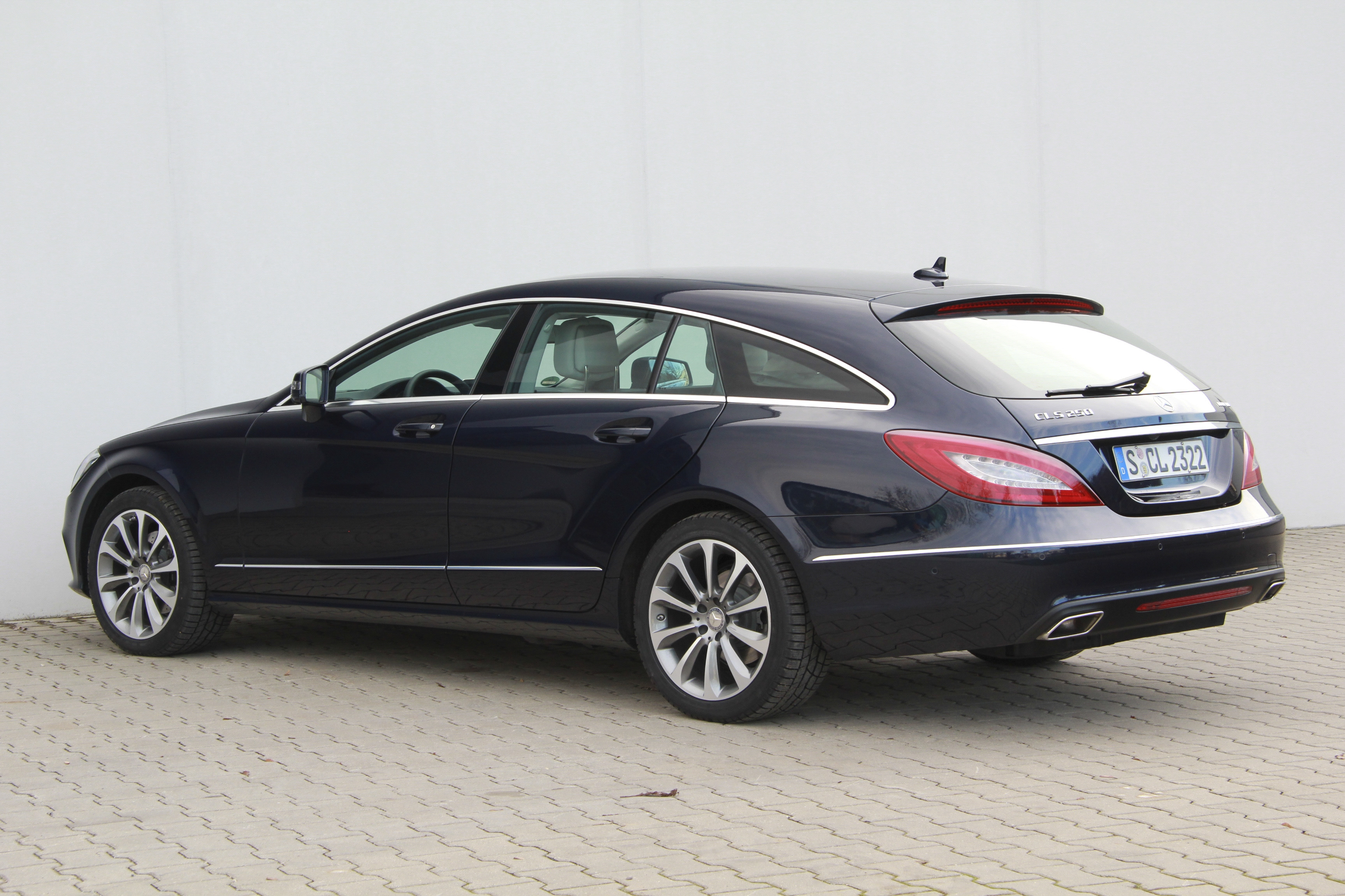 mercedes cls 250 bluetec shooting brake test complet prix sp cifications. Black Bedroom Furniture Sets. Home Design Ideas